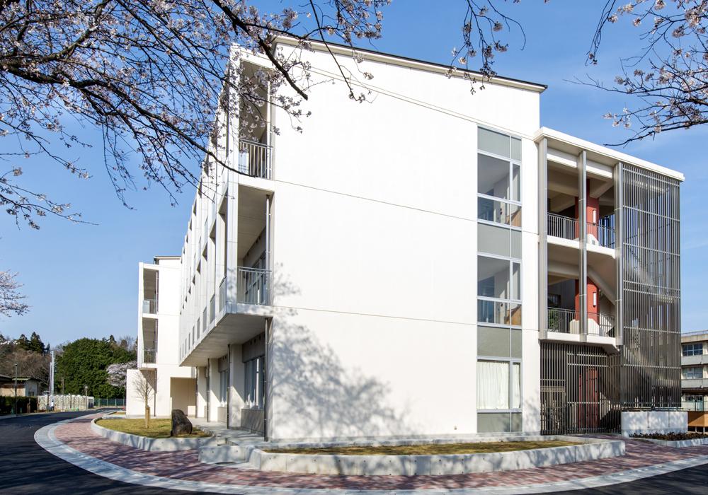 茨城県立土浦第三高等学校 管理普通教室棟 (2013)