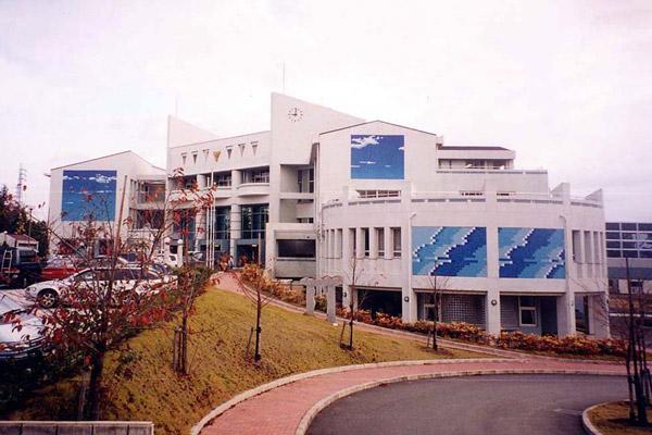 茨城県立日立商業高等学校(1993, 1998)