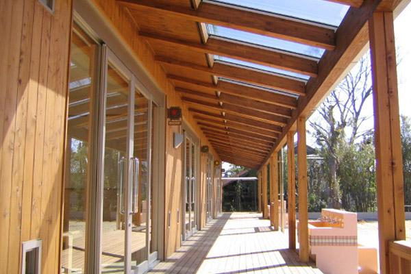 社会福祉法人 萬徳寺保育園(2004)
